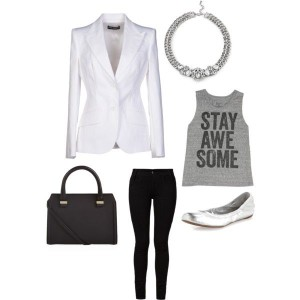 White Blazer Look iYi 3
